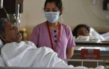 Jóvenes católicos se ofrecen como voluntarios para ayudar a pacientes Covid